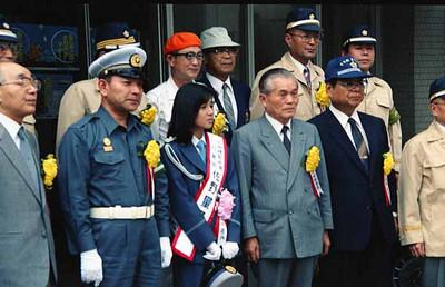 19870912万世橋警察署_秋の交通安全運動 パレードと集い_パレード出発