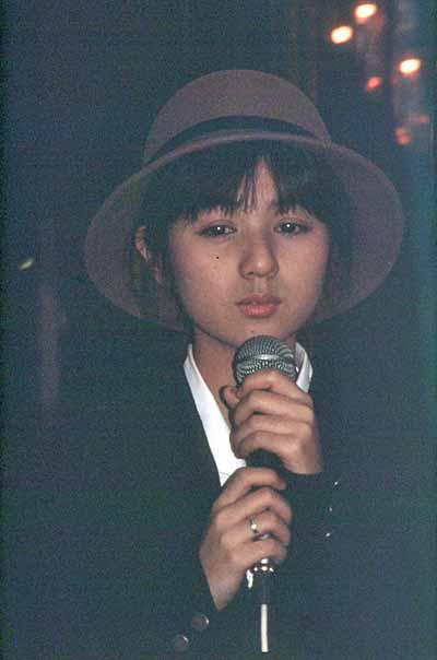 19871206NTTテレホンカードキャンペーン@西友大森店_佐野量子2